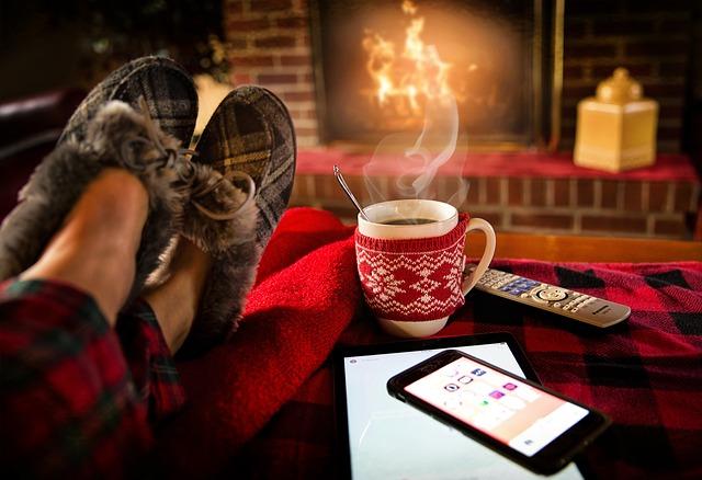 クリスマスに一人で過ごすメリットは意外と多い!? クリぼっちだからこそできるクリスマスの過ごし方