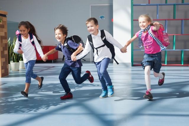 小学校へあがる我が子に同じ保育園・幼稚園の子がいない!これってかわいそう?親ができるケアやフォローはある?