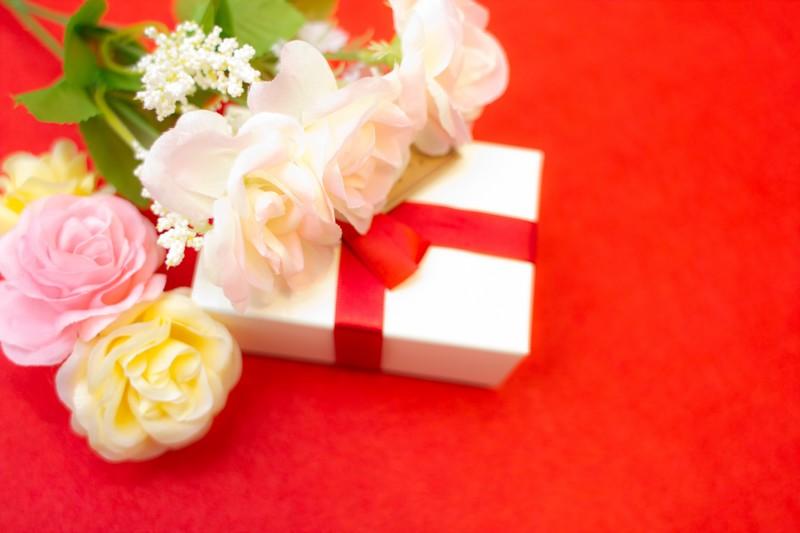 母の日のプレゼントは彼氏のお母さんにもあげたほうがいいの?選び方やメッセージ文例を紹介