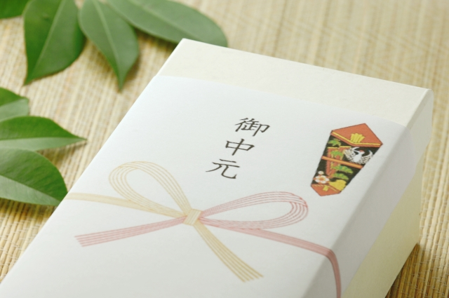 お中元の贈り物の選び方やおすすめのギフトなどを紹介!
