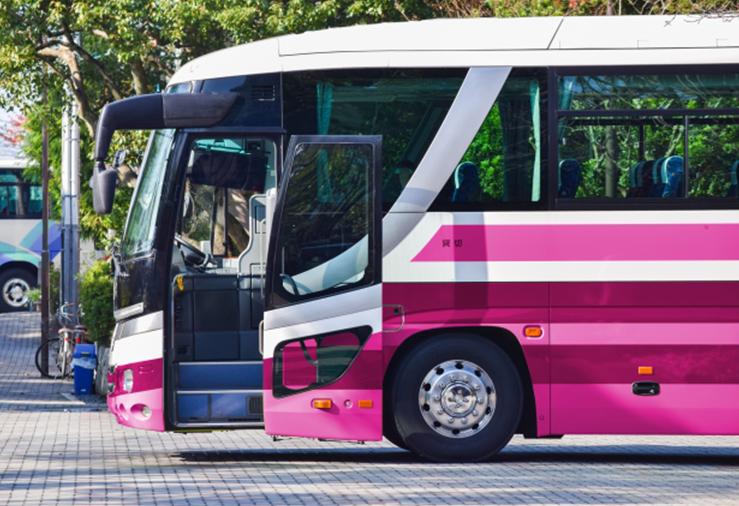妊娠初期に夜行バスや飛行機、新幹線に乗っての長距離移動はいいの?安全な方法は?