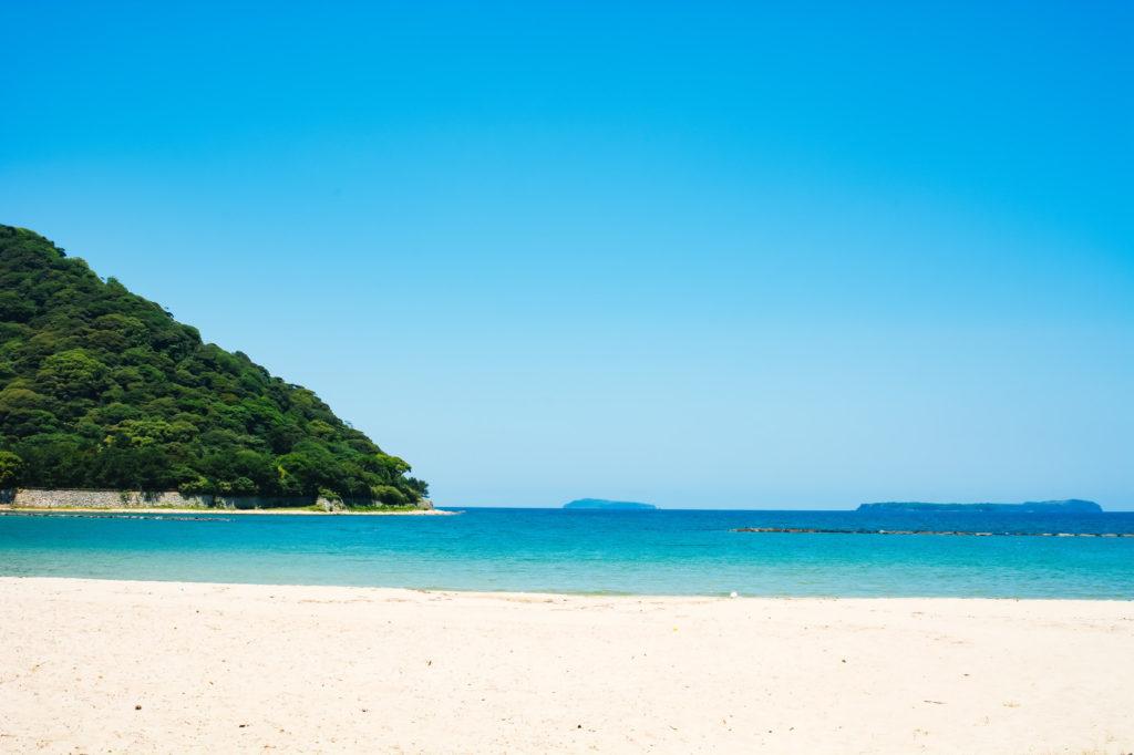 伊豆大島の海水浴9 月でも泳げる?シルバーウィークに子連れでおすすめ穴場は?