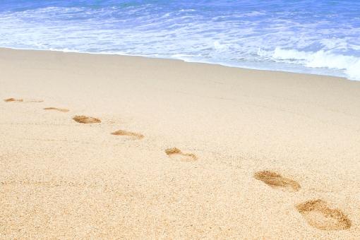 9月でも泳げる海水浴!九州近郊でおすすめ穴場スポットとクラゲ対策や服装・持ち物