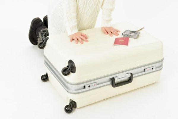 スーツケースの鍵が壊れた時に修理はできる?方法と頼み方!