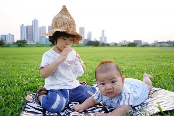 バーベキューに赤ちゃんを連れていくのはいつからがいい?暑さ対策と気をつける点